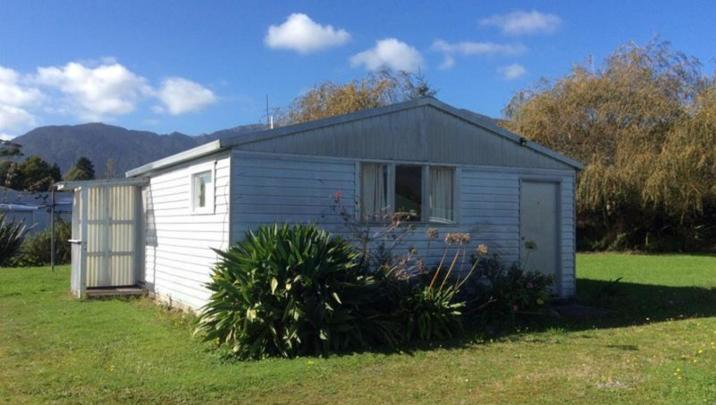 Unit 3, 58 McGill St, Waimangaroa