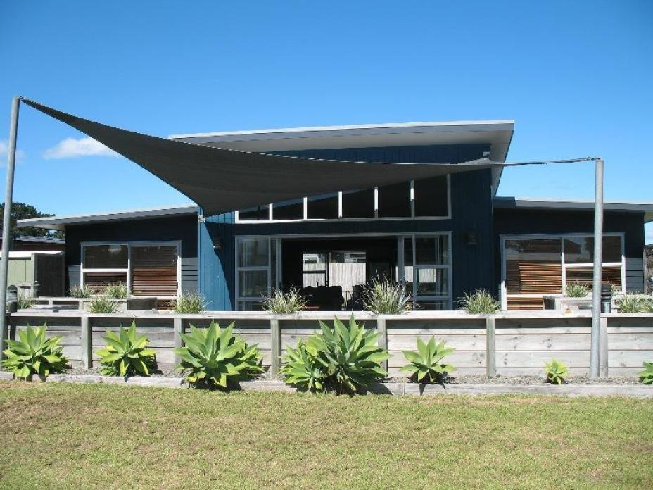 113 Sands Crescent, Matarangi
